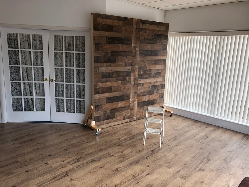 French doors & Wood wall - backdrops