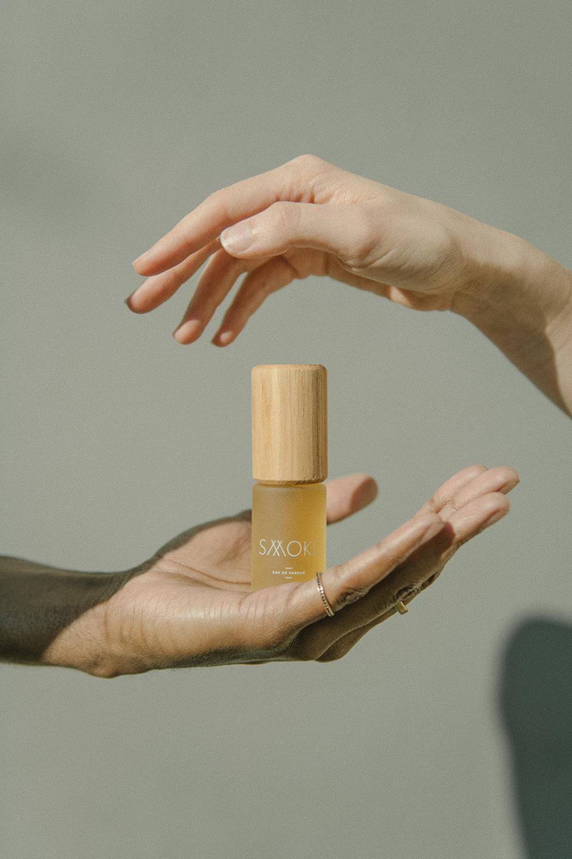Smoke perfume