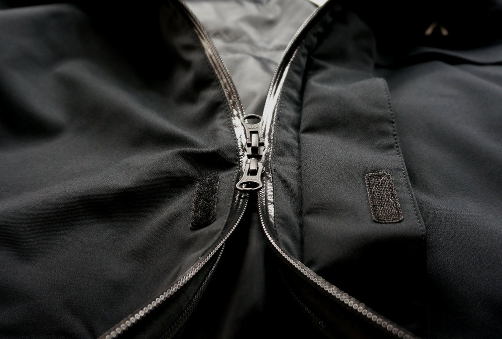 YKK AquaGuard 2-Way Center Front Zipper