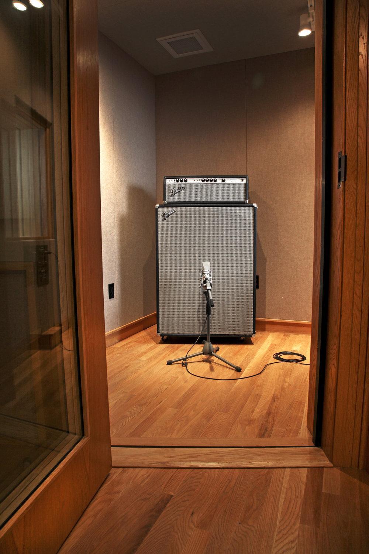 echo studio 5.jpg