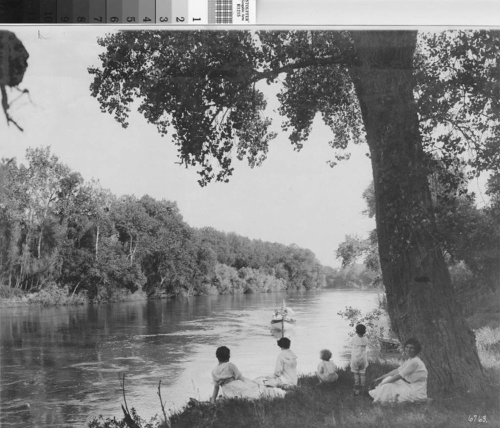 1920's Boating on the Feather River .jpg