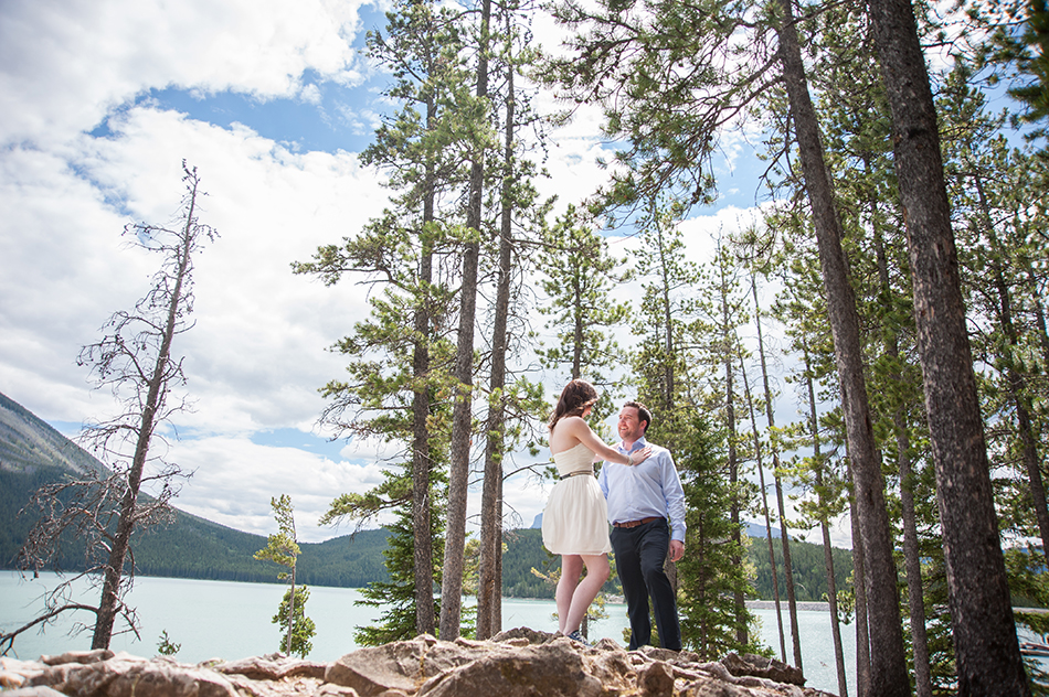 lake minnewanka banff elopement photography