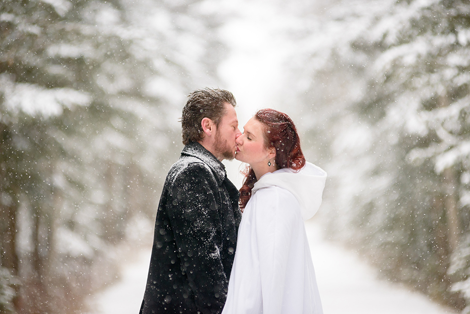 winter-wedding-canmore