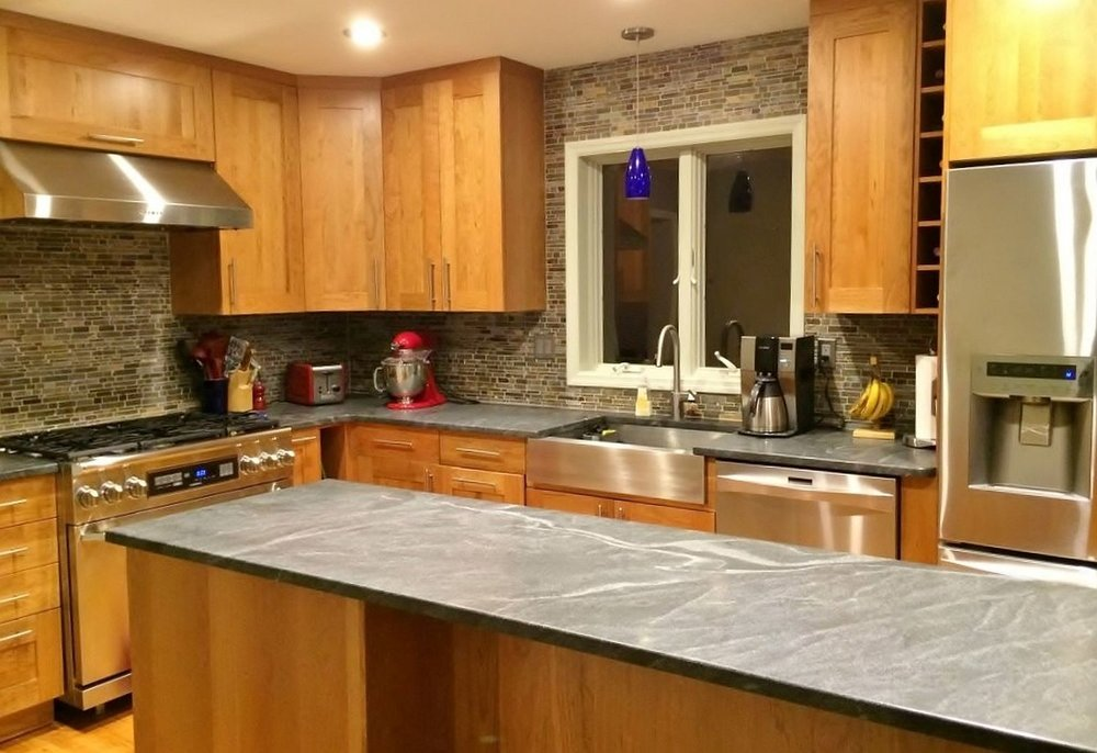 Slate mini brick backsplash