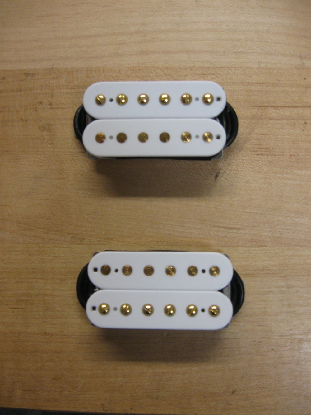 302 and VTH-5 combo in white with gold screws/slugs