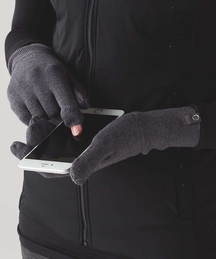 Mantra Gloves   - Setting our intention for making warmth sexy all season. These Lululemon Mantra Gloves will keep your hands cozy and we know that first snow selfie is v important, so they got you covered with foldable finger tips.      SHOP IT NOW.