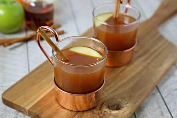 Hot-Apple-Cider-Chai-Tea-3.jpg