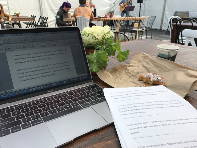 after 10 hours standing at the computer yesterday, I put my feet up at a local market today to keep working on scripts for the first Ecozoic Living course