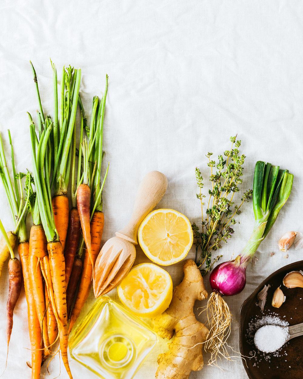 food-carrots-thyme-ingredients-lesliegrow.jpg