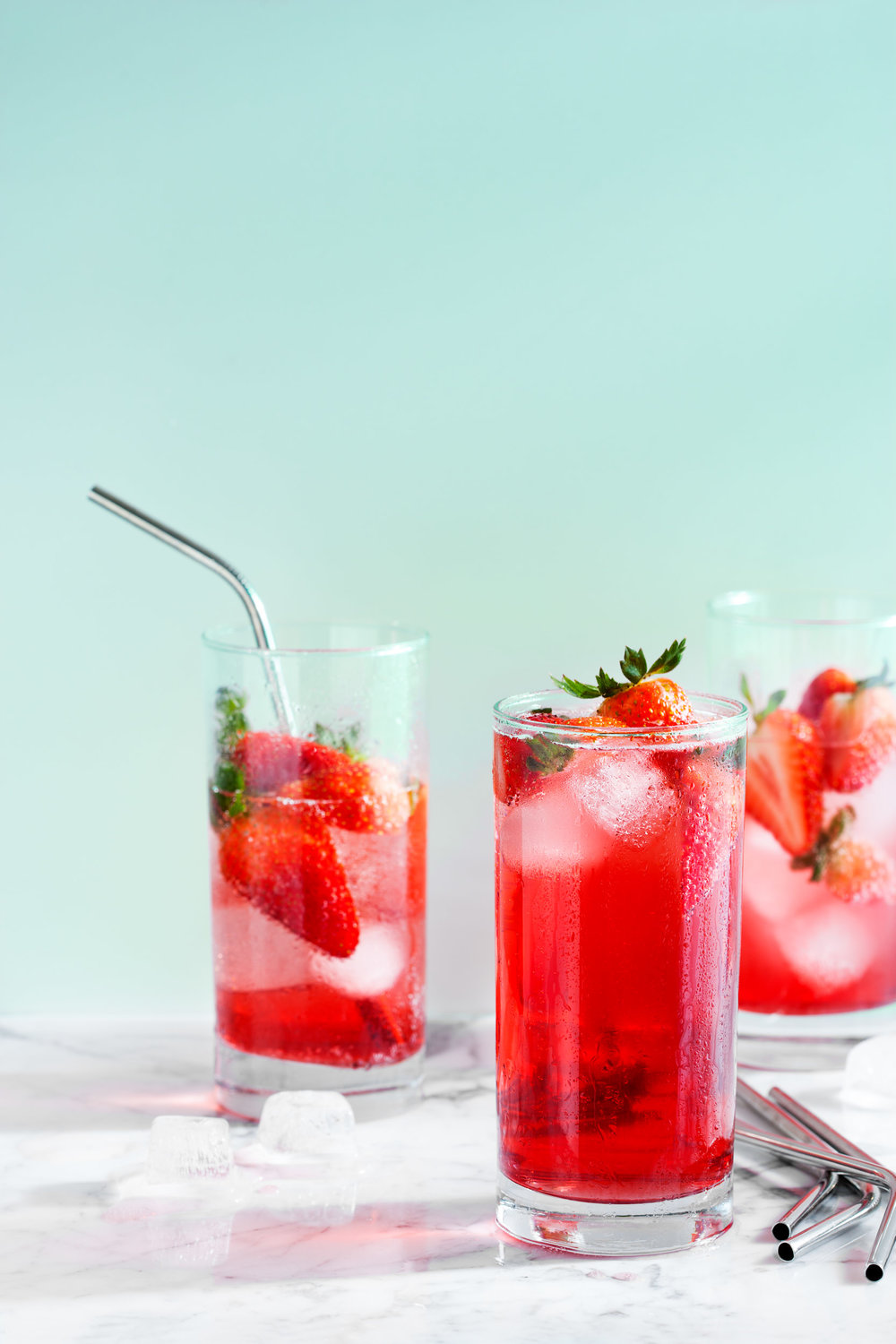food-strawberry-spritzer-lesliegrow.jpg
