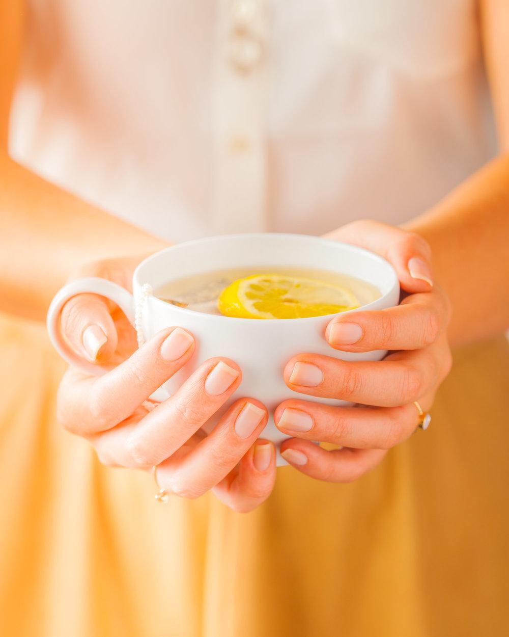 food-lemon-tea-lesliegrow.jpg
