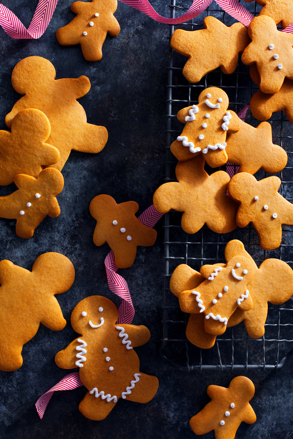 food-holiday-gingerbread-cookies-lesliegrow.jpg