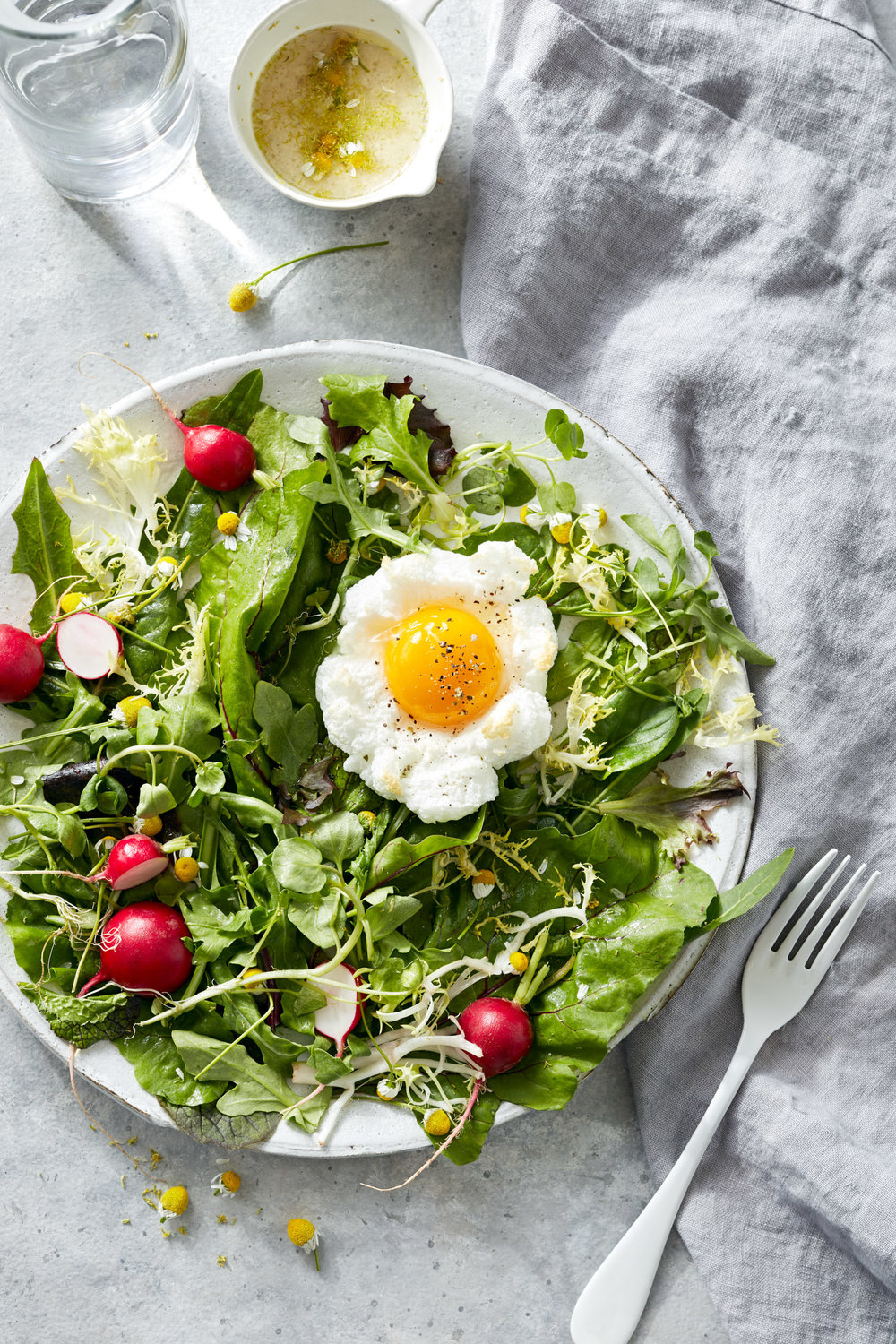 food-egg-chamomile-salad-lesliegrow.jpg