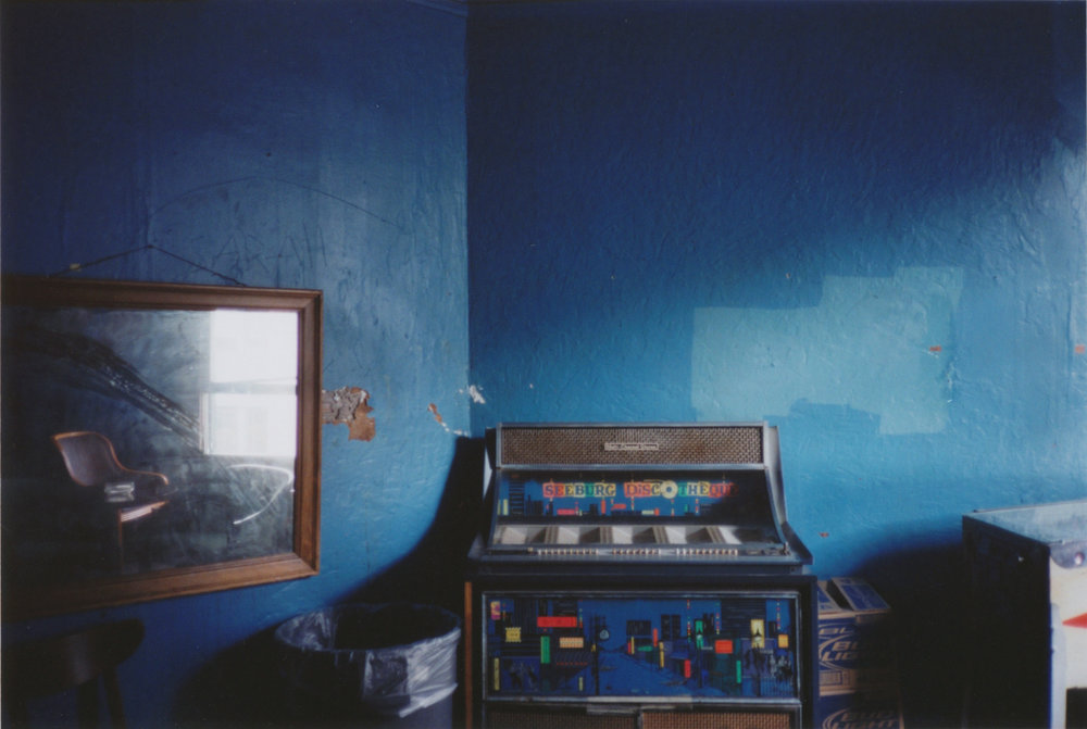 - Memphis I2012Chromogenic print16 x 20 inches