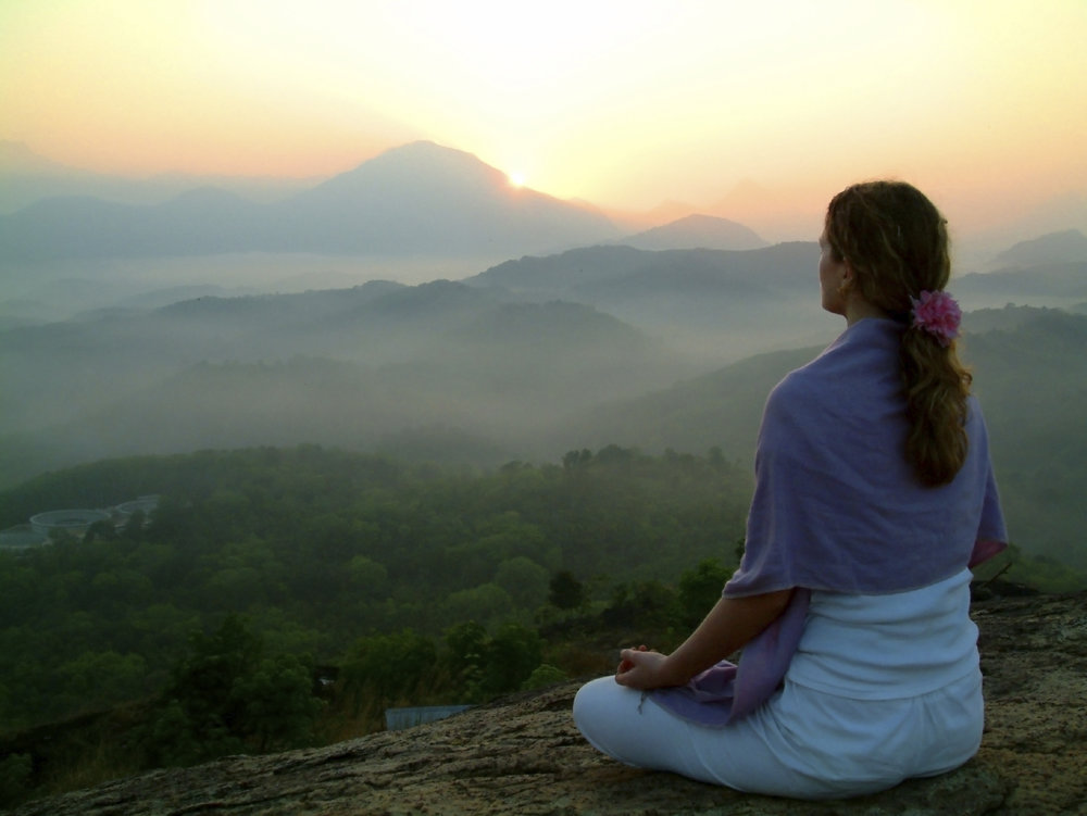Meditation-ebooks-woman-meditating-peacefully.jpg