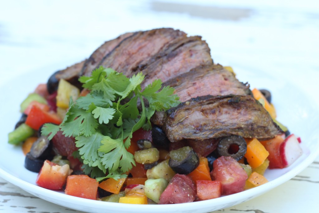 Rainbow-Mexican-Pepper-Salad-with-Flank-Steak-SIBOdietrecipes-1024x683