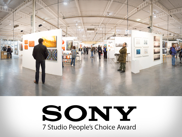 SONY 7 STUDIO PEOPLE'S CHOICE AWARD   Each photographer was invited to create dynamic works of art using the latest full-frame compact system camera. Congratulations to Dani Cooperman voted as the People's Choice Award winner!