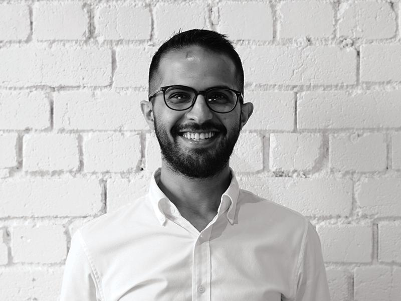 Aziz Turki  Customer Service Manager