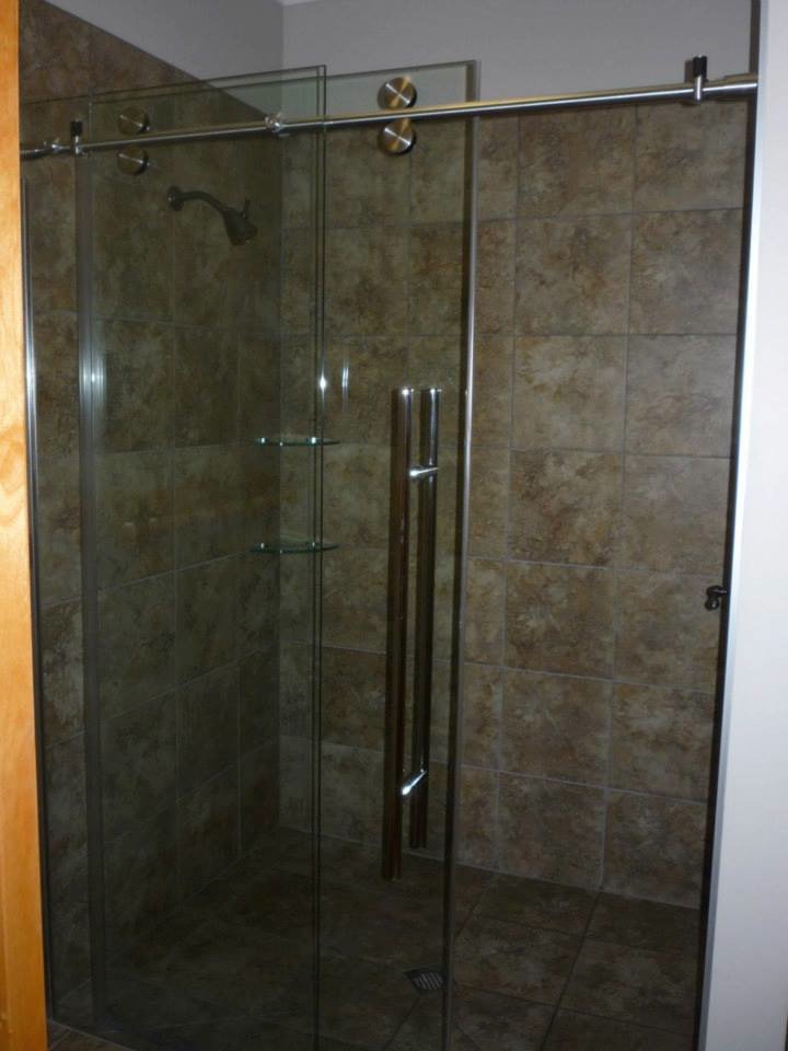 Bedroom Shower.jpg