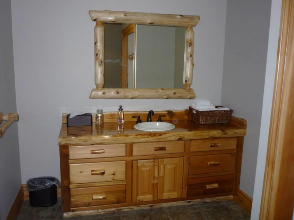 Bedroom vanity.jpg