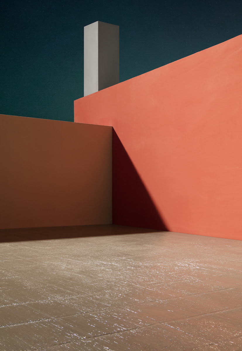 James Casebere, Courtyard with Orange Wall, 2017 © James Casebere / Courtesy of Galerie Daniel Templon, Paris