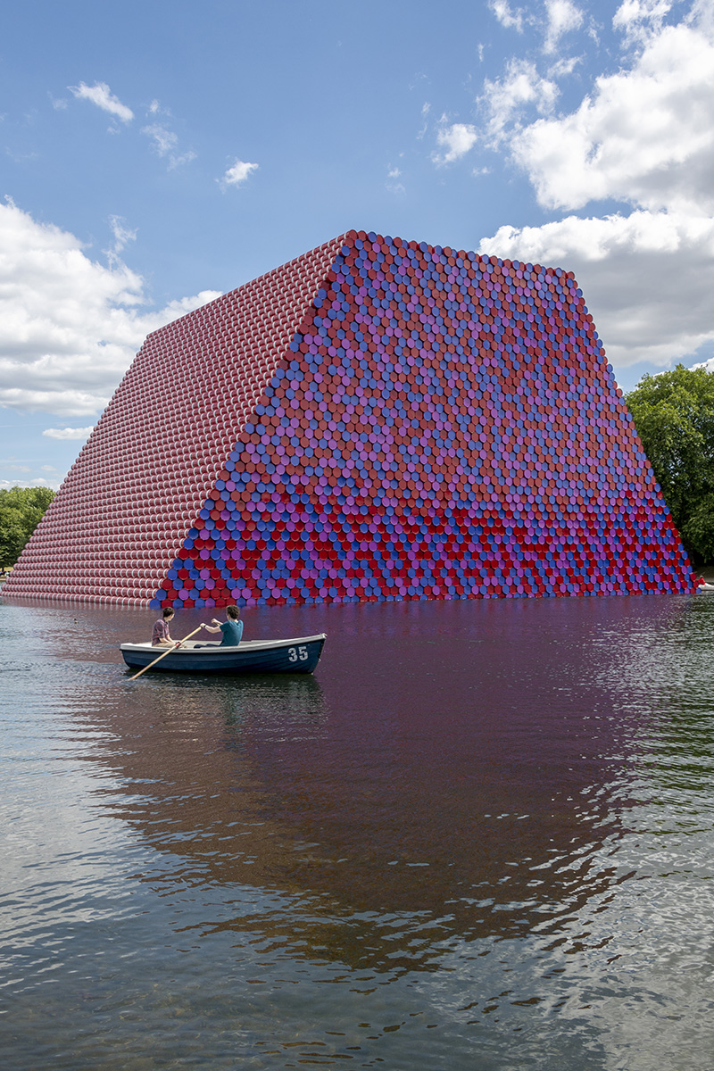 Christo-Mastaba-Serpentine.jpg