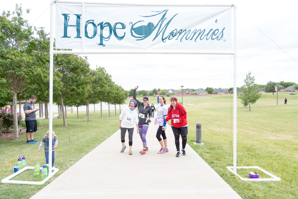 2017 Hope Mommies 5K-91.jpg