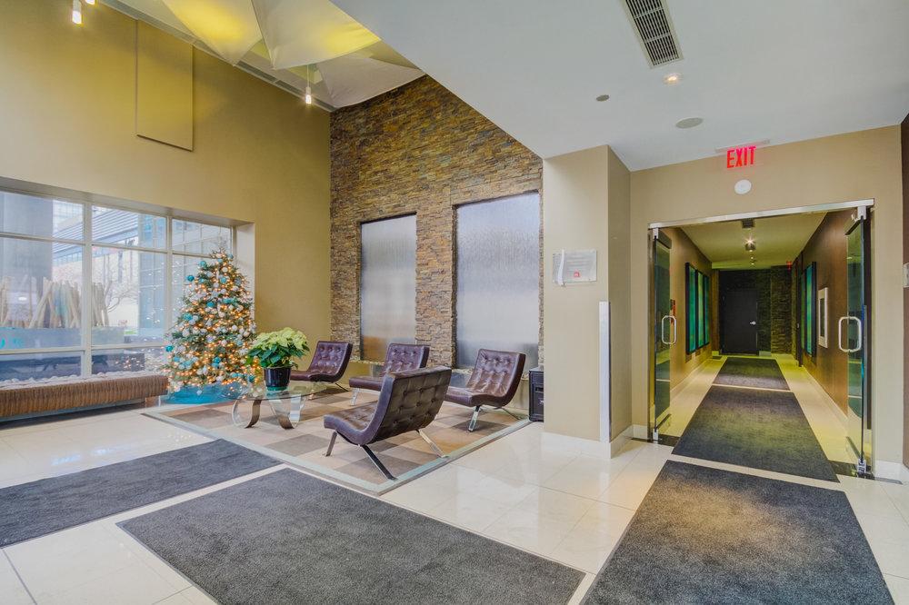 1210-35-Mariner-Terrace lobby.jpg