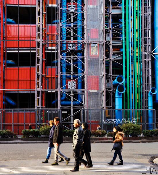Centre de Pompidou Elevator