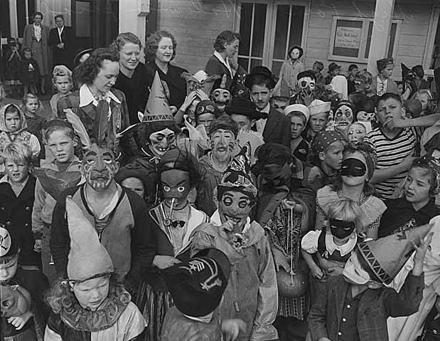 Halloween costumes in 1943