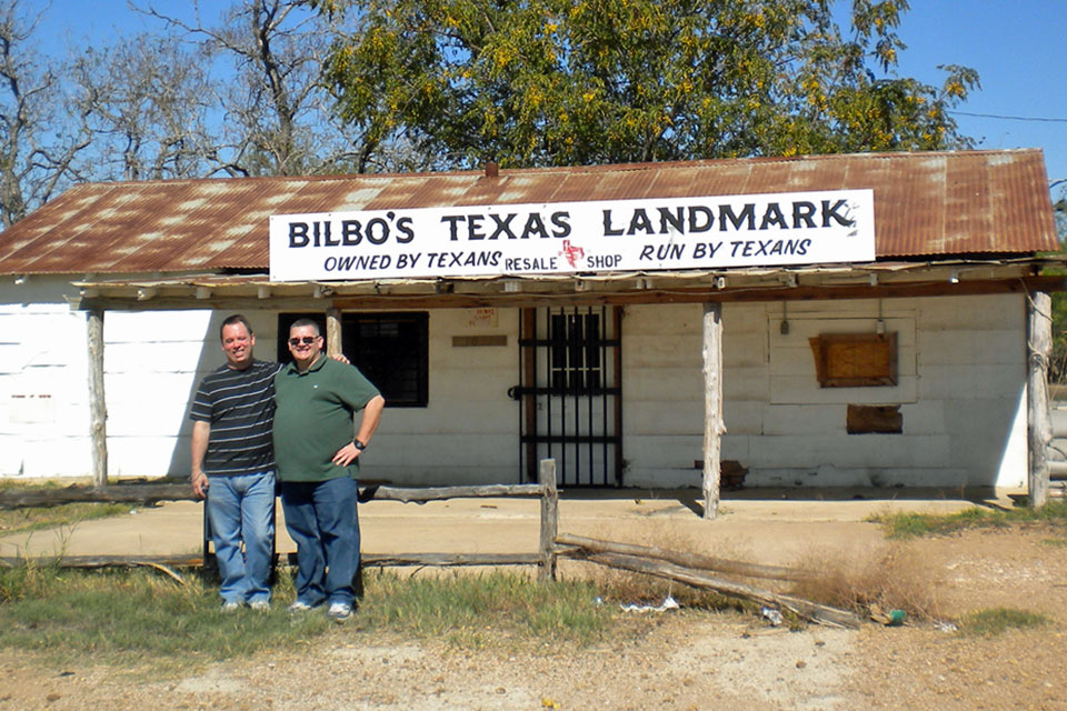 With my friend Brad at the Gas Station / Barbecue Shack from  The Texas Chain Saw Massacre , in November 2011