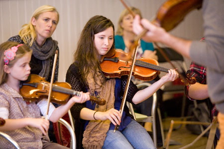 Attendees-at-the-David-Monti-Violin-Worshop-in-Sligo.jpg