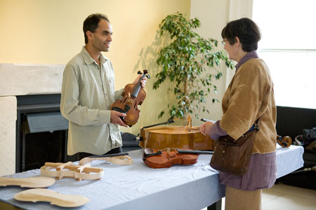Kuros-Torkzadeh-Violin-maker-workshop.jpg