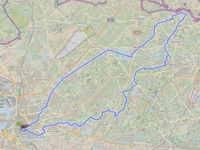 105 km - ZONDEREIGEN - GROEPEN < 15In Zondereigen tikken we even de Nederlandse grens aan. Daarna maken we dat we terug thuis zijn...