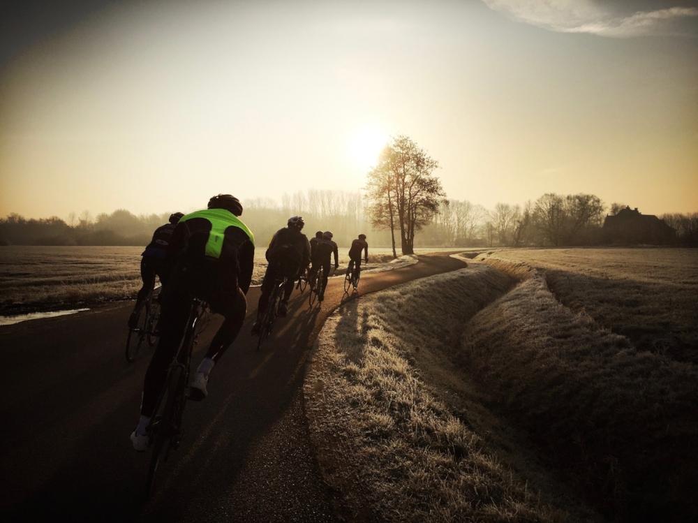133 km - DE ITEGEMSE PIJL - GROEPEN < > 15Langs de roots van Cas Goossens en de Vinkenberg naar Scherpenheuvel om dan terug te rijden via de Houwaartseberg en de Panoramastraat,