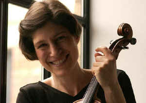 Kim Kashkashian - Grammy-award winning violistInternationally-acclaimed soloist and chamber musicianProfessor at the New England Conservatory, Boston, USALearn more