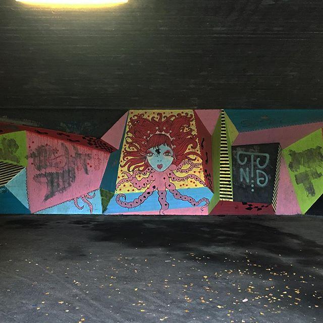 Colorful street art wall in a metro station in Grorud, near Oslo. . . . #streetart #urbanart #urban #grafiti #undergroud #metro #oslo #grorud #tbanen #norway #color #colorful #art