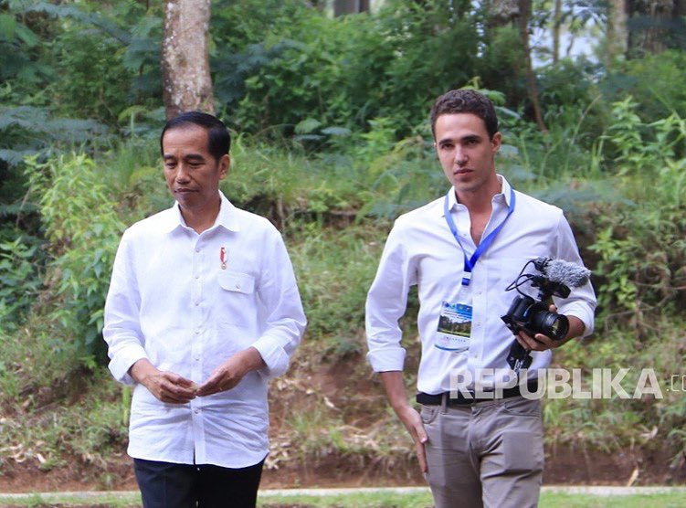 Jokowi and Gary.jpg
