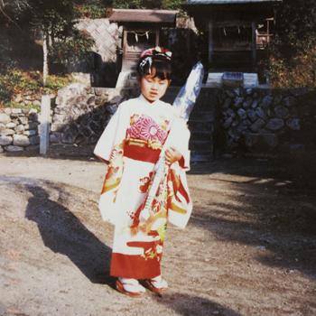 Ayumi_photo.jpg