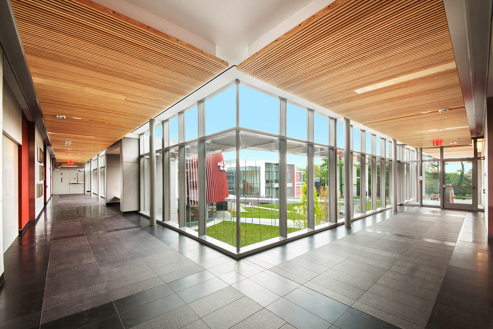 Behavioral_Health_Pavilion_Hillside_Hospital_hall1GRASS.jpg