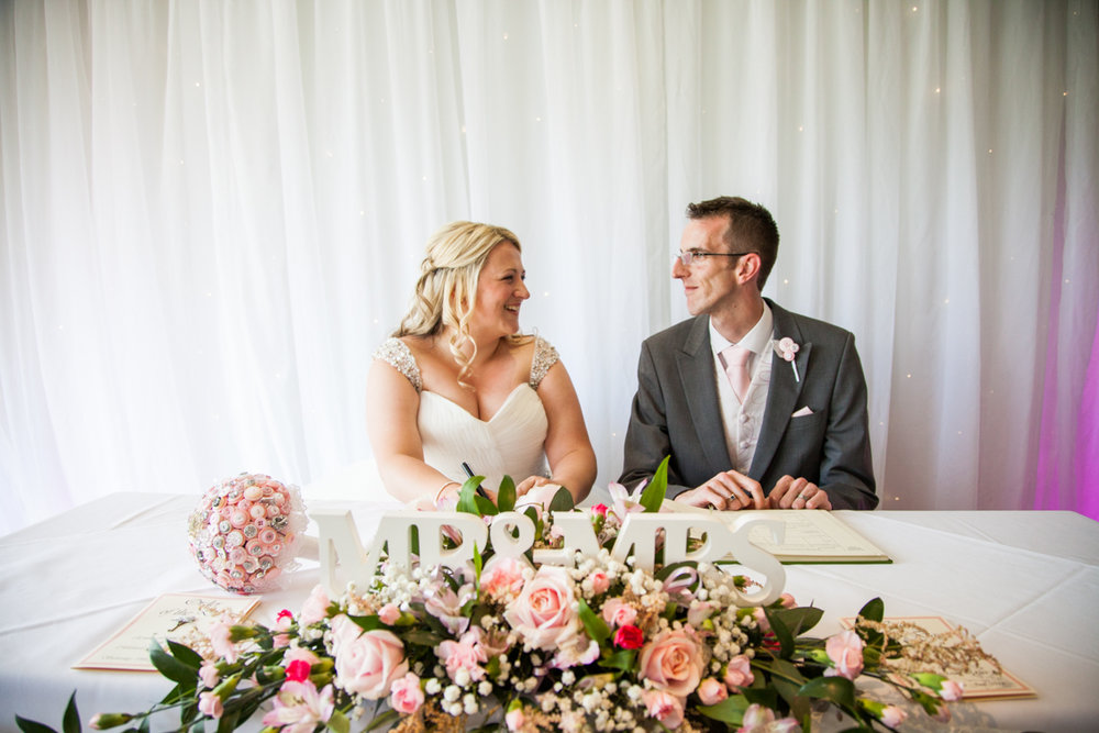 mid sussex golf club wedding, sussex wedding photographer