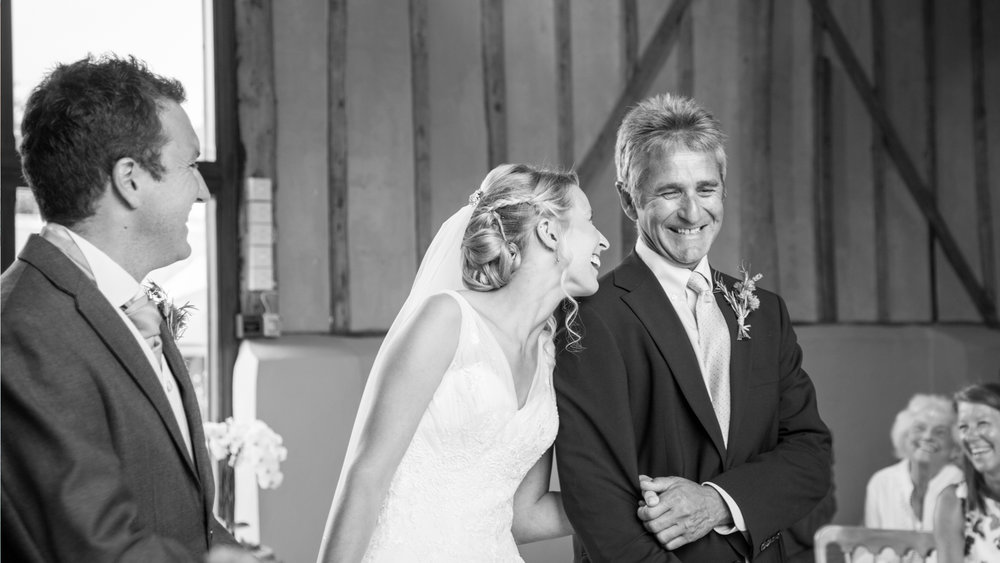Upwaltham barns wedding photography, sussex wedding photographer, hayley rose