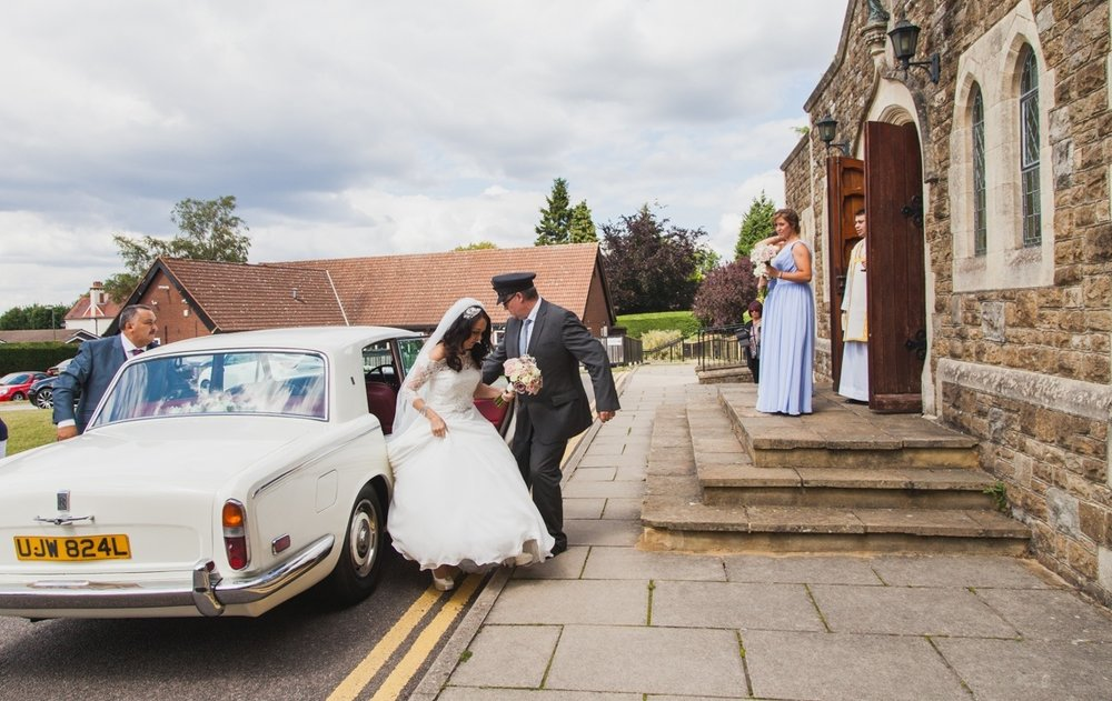 sacred heart catholic church, caterham, wedding photographer