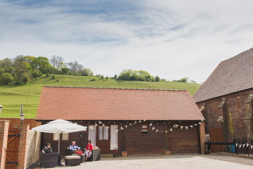 long furlong barn, sussex wedding, hayley rose, barn wedding