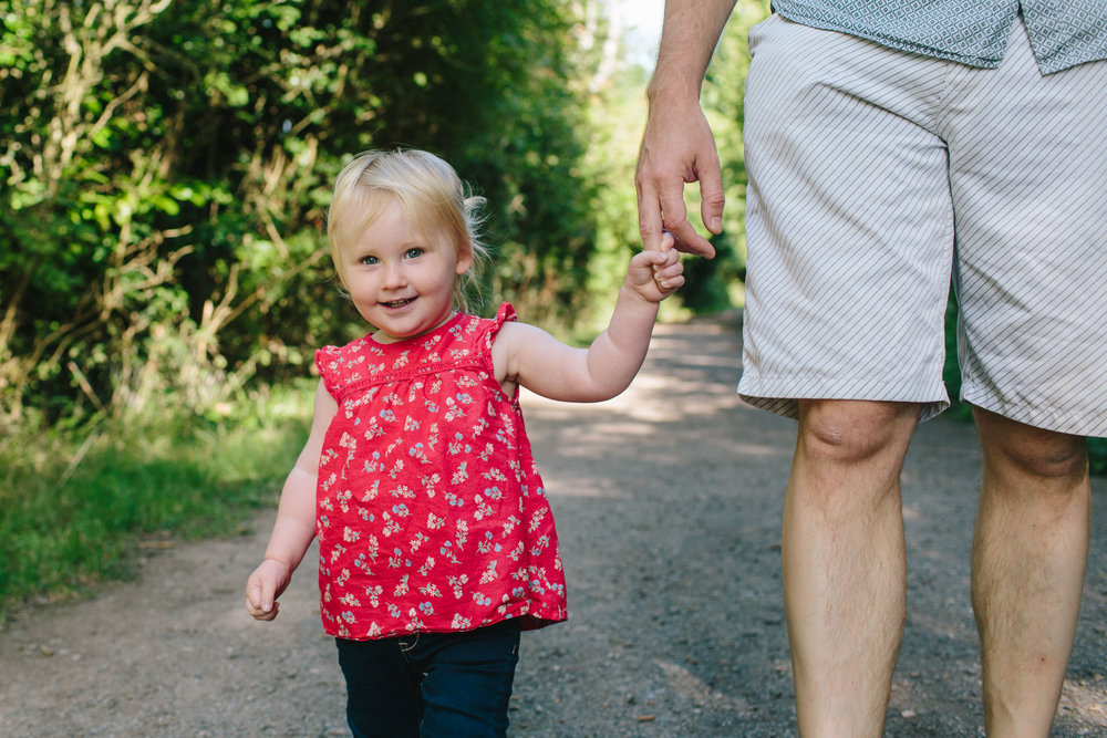 outdoor natural family shoot, horsham lifestyle photographer