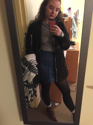 Simple outfit yet I remember really loving it at the time. I was also feelin this long bomber coat as you can tell.