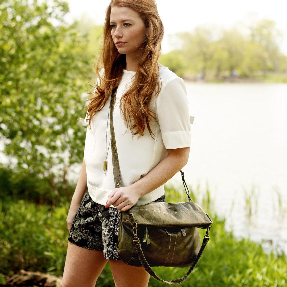 Lauren-foldover-Trails-lifestyle__87472.1472180421.1280.1280.jpg