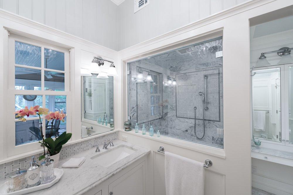 10. Vanity and Shower Window.jpg