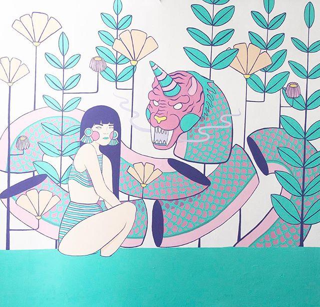 Taking care of you! 🔥👽 Mural a cargo de nuestra amiga @fridaaylin invader GEN XX3 #mural #muralpainting #invaders #digitalinvaders #invaderinstitute #illustration #handmadeillustration