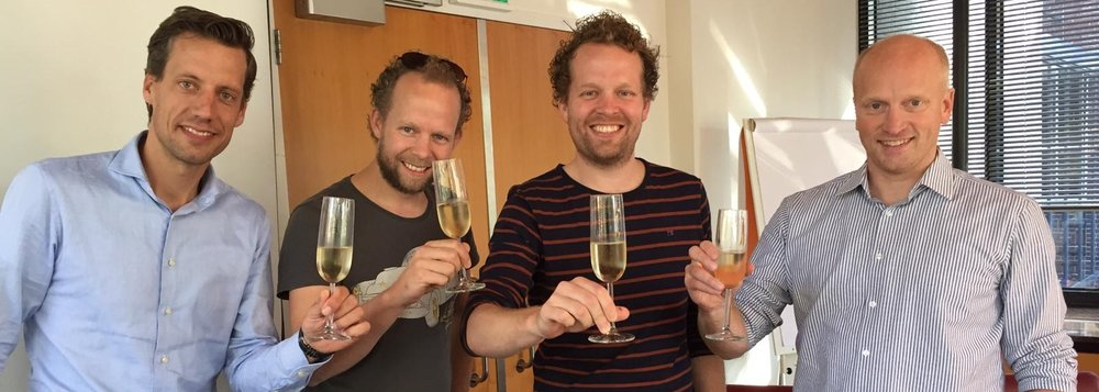 …and champagne!